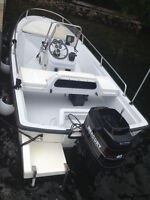 Boston Whaler - Excellent Condition - 40hp Merc