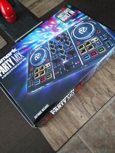 Console DJ Numark party mix neuve