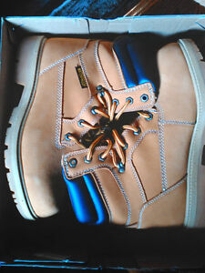 MENS BOOTS BRAND NEW IN BOX - $80