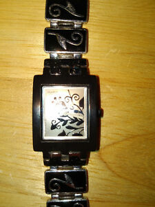 Unique Silver Swatch Watch Kitchener / Waterloo Kitchener Area image 3