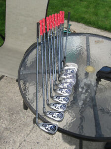 golf clubs irons - right hand