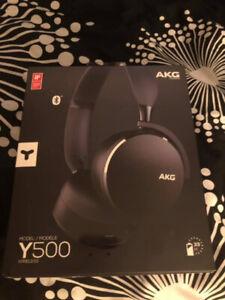 AKG Y500 On-Ear Wireless Headphones-Black