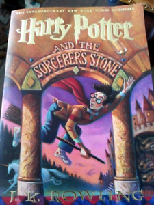 Harry Potter and the Sorcerer's stone. Paperback