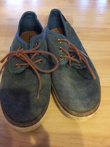 Size 8 boys men's size 8 shoes