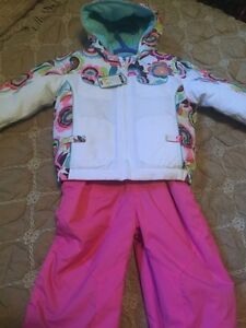 New winter snowsuit size 3