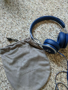Beats solo EP BLUE rarely used 60$