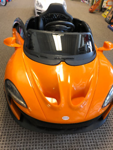Kids ride on cars Canada day special all hi end kid ride on $300