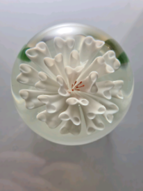 Small white flower art glass paperweight