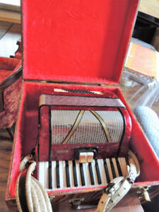 Accordeon caisse en bois