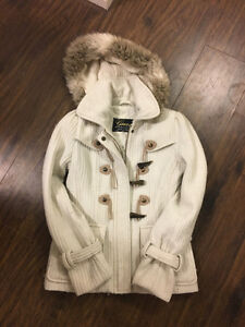 SELLING GUESS COATS. LIGHLTY WORN