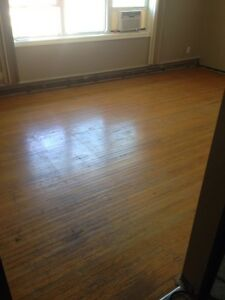hardwood floor refinishing & sanding London Ontario image 2