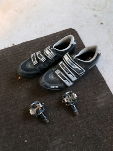 Shimano cycling shoes and pedals sz 44