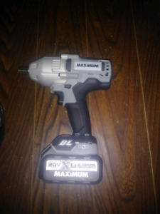 cle a choc 20V MAX- brush less impact wrench