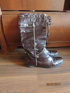 Genuine leather boots. Colour burgundy. Used. Moving sale.