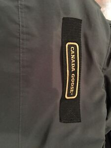 """Canada Goose Authentic Jacket  - Small 40"""" chest  Kitchener / Waterloo Kitchener Area image 4"""