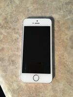 iPhone 5s 16gb white/gold