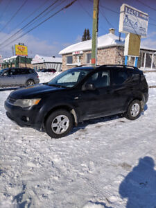 *** MITSUBISHI OUTLANDER *** 4 ROUES MOTRICES *** 6 CYLINDRES