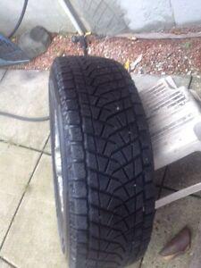 Nissan xterra.  Frontier. Pathfinder snow tires