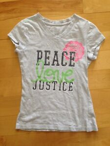Justice t-shirt size 8