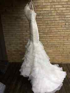 New wedding dress, never worn, Pronovias Galante Stratford Kitchener Area image 5