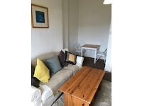 Broomhill/Partick:2 large dbl rooms: Furnished:new carpets: handy to partick train/tube & S'bury/M&S