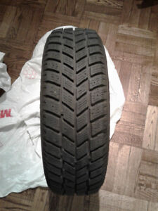 Hankook i*Pike RC01 winter tires on rims 185/65R14 86T