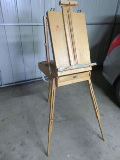 Artists easel- used condition