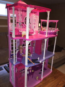 Barbie Dream House with Elevator, doorbell and lighted chandelie