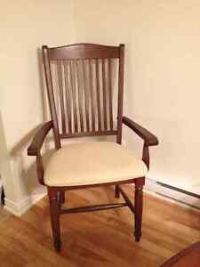 Dining room set -MUST SELL- OBO West Island Greater Montréal image 4