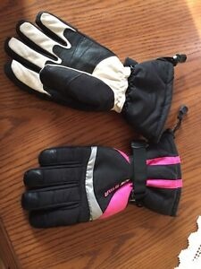 Ice Star women's skidoo gloves