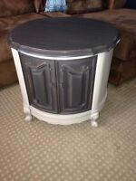Vintage style end table