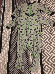 $6 - 2 boys 6-12 month onesies - smoke and pet free home