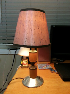Traditional TABLE /DESK lamp