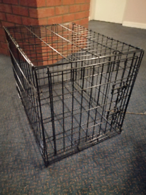 Pet/dog crate, carrier