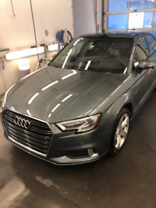Audi 2017  441$ par mois ( tax in )