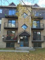 PIERREFONDS 4 1/2 APPARTMENT