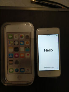 Apple iPod touch 6th 32GB, new + limited warranty