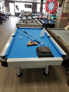 **FOR RENT-POOL TABLE, TABLE TENNIS OUTDOOR GAMES-FOR RENT!**