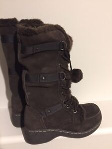 SOLD *new winter boots