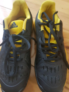 Youth Adidas Tennis shoes size 2