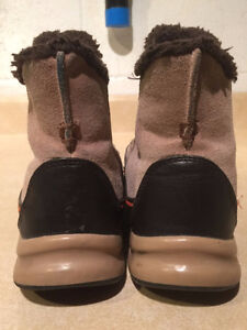 Women's Lands End Insulated Slip-On Boots Size 8 London Ontario image 2