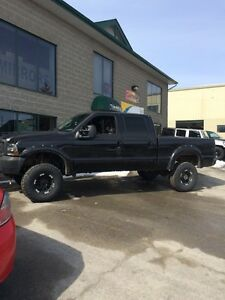 2002 lifted Ford F250 powerstroke 7.3L 4x4