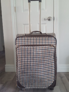 Travel Luggage suitcase trend in perfect condition- great price!