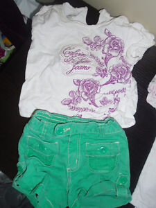 Girls clothing size 12 -18 months    10$