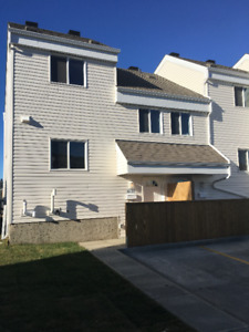 Brand New 2 Bedroom condo in Beacon Hill Available Immediately