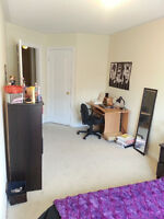 HUGE BEDROOM.ONLY 3 PPL IN THE HOUSE.2MIN TO YORKU.TTC