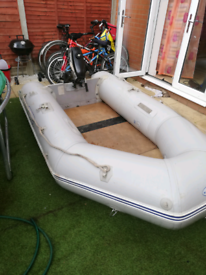 2.9m Pershore inflatable boat with 4HP Force outboard