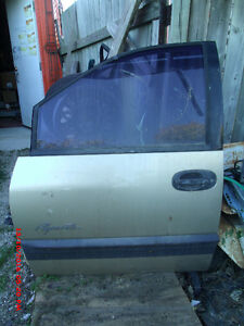 1999 Plymouth / Dodge van front left door