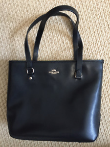 Coach Purse - Brand New (Not a Knock-Off)