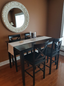 Hi-Top Dining Table